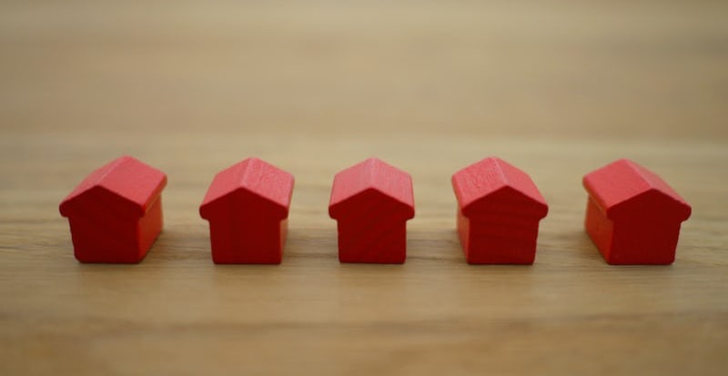 5 types of companies that buy houses